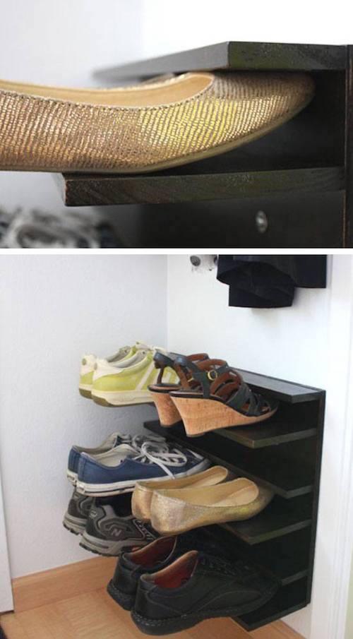 une étagère flottante pour ranger les chaussures