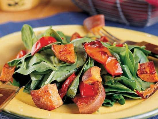 Quelle est la recette de la salade aux patates douces à moins de 400 calories ?