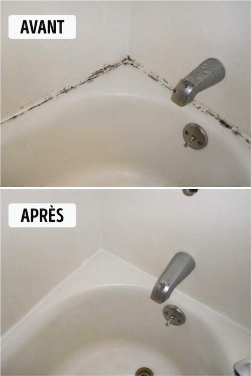 des moisissures le long des joints de la baignoire qui disparaissent grâce à la Javel