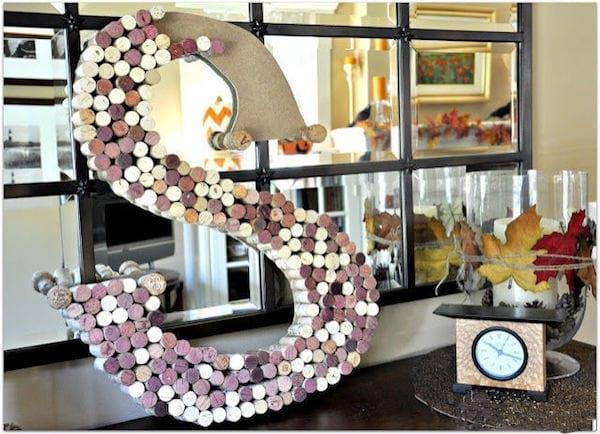 25 fa ons cr atives de recycler les bouchons en li ge. Black Bedroom Furniture Sets. Home Design Ideas