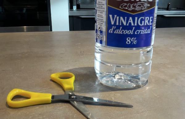 Le vinaigre blanc est un nettoyant puissant voici 13 fa ons de l 39 utiliser pour une maison nickel - Faire une mere de vinaigre ...