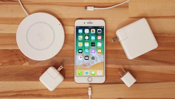 Une des erreurs les plus fréquentes que font les gens avec leur iPhone est dene pas chargerla batterie correctement.