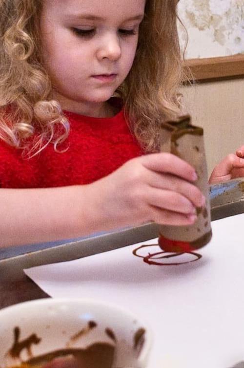 pour les enfants comment faire des tampons avec des. Black Bedroom Furniture Sets. Home Design Ideas
