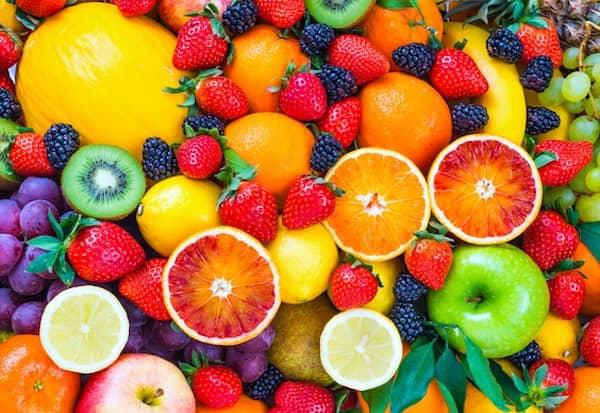 le chien peut manger les fruits avec modération