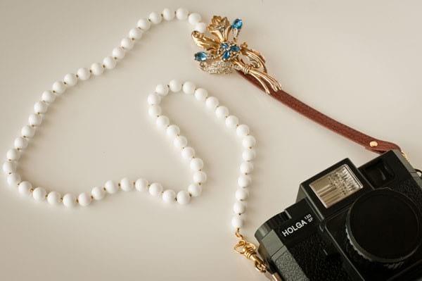 recycler un vieux collier en bandoullière