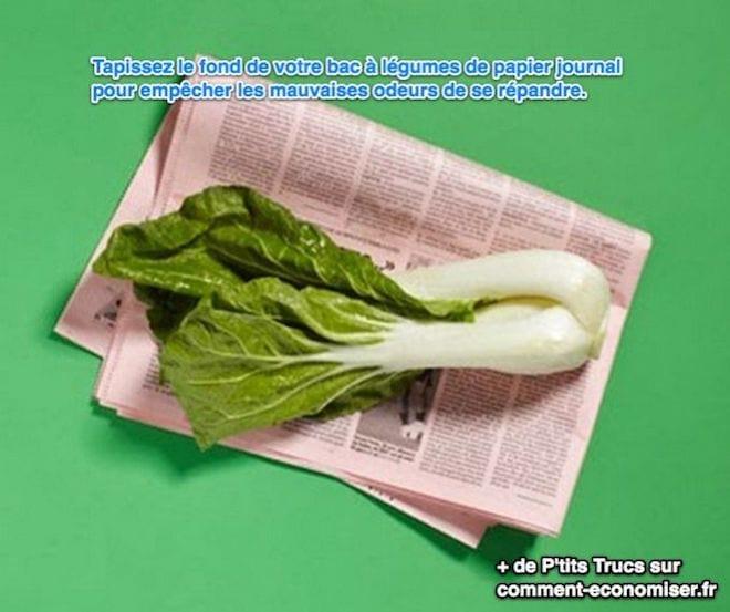 tapissez le fond du bac à légumes de votre frigo pour éliminer les mauvaises odeurs