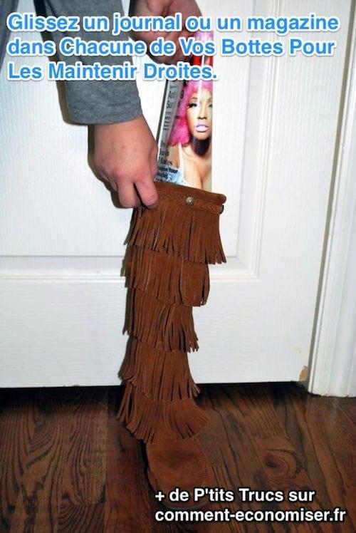 les bottes sont maintenus droites avec un magazine