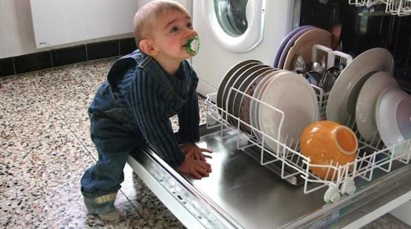 le vinaigre blanc remplace le liquide vaisselle