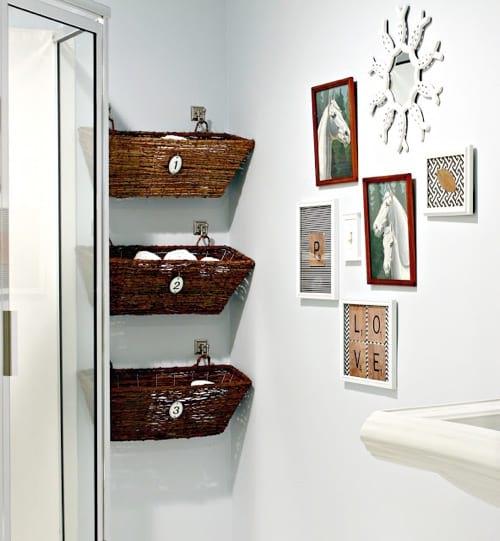 20 rangements pas chers et astucieux pour votre salle de. Black Bedroom Furniture Sets. Home Design Ideas