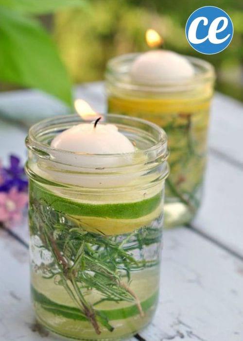 Deux bougies anti-insectes parfumées aux huiles essentielles.
