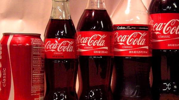 canettes de Coca Cola et dr Pepper