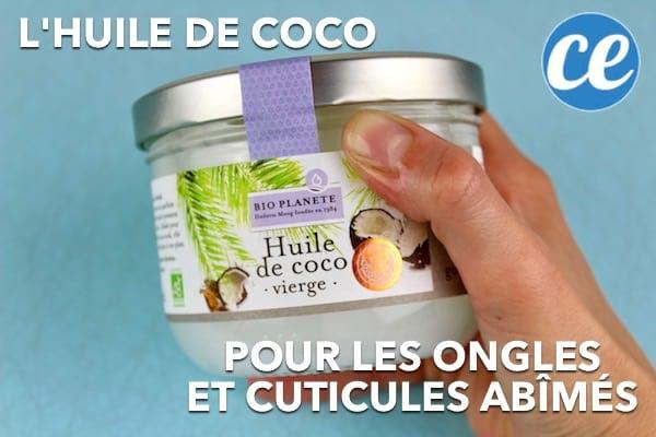 L'huile de coco redonne vie aux cuticules et ongles abîmés.