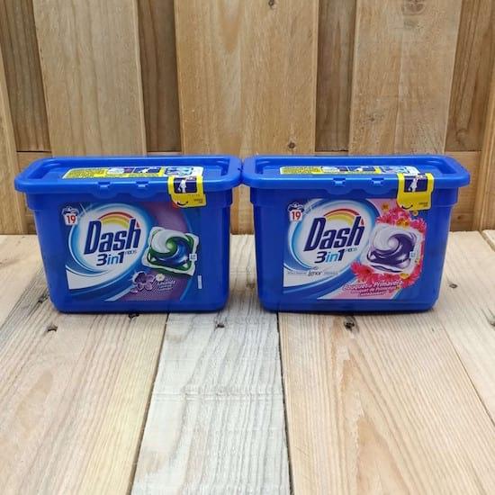 deux paquet de lessive Dash 3 en 1