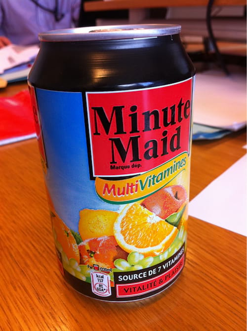 une cannette de minute maid multivitamines