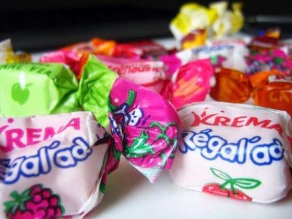 des bonbons krema regalad