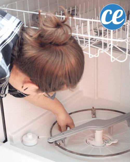 comment nettoyer son lave vaisselle elegant comment nettoyer with comment nettoyer son lave. Black Bedroom Furniture Sets. Home Design Ideas