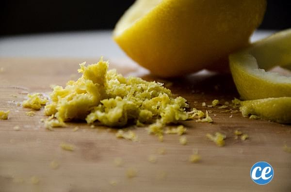 faire du zeste de citron avec écorce de citron