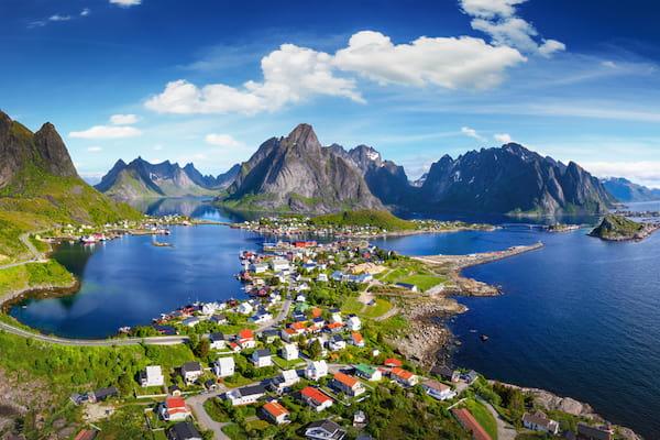 vue sur l'une des iles de Lofoten en Norvège