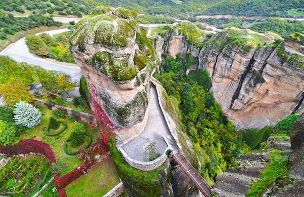 vue sur les monastères des météores