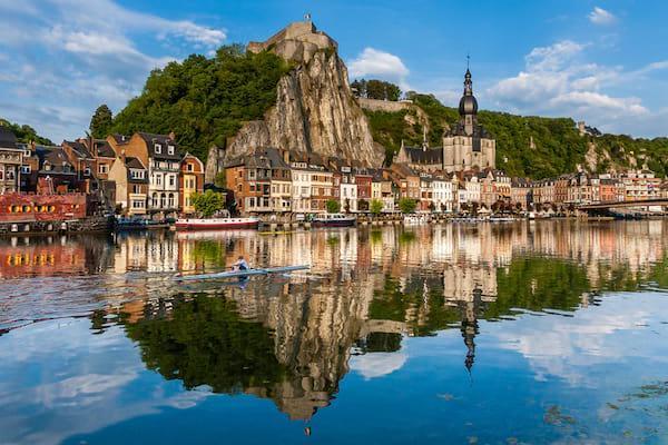 visiter la ville de Dinant en Belgique