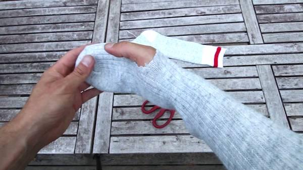 crééz des moufles avec des chaussettes