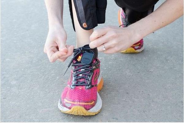Pour courir avec vos clefs de voiture ou maison, accrochez les clefs à vos lacets