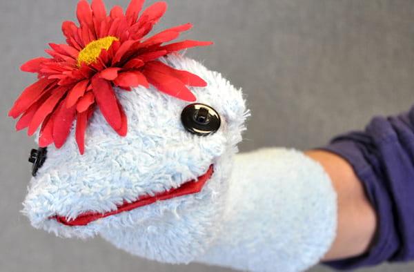 créer une marionnette avec chaussette