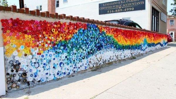 Mosaique de bouchons recyclées