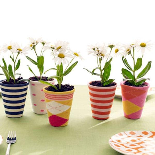 décorer pot de fleurs avec chaussette