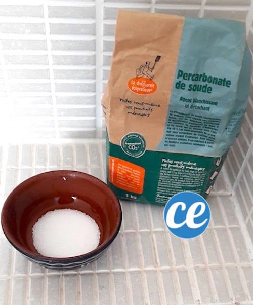 Percarbonate de soude dans la salle de bains