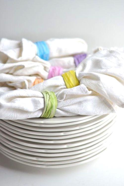 rond de serviette avec rouleau papier wc