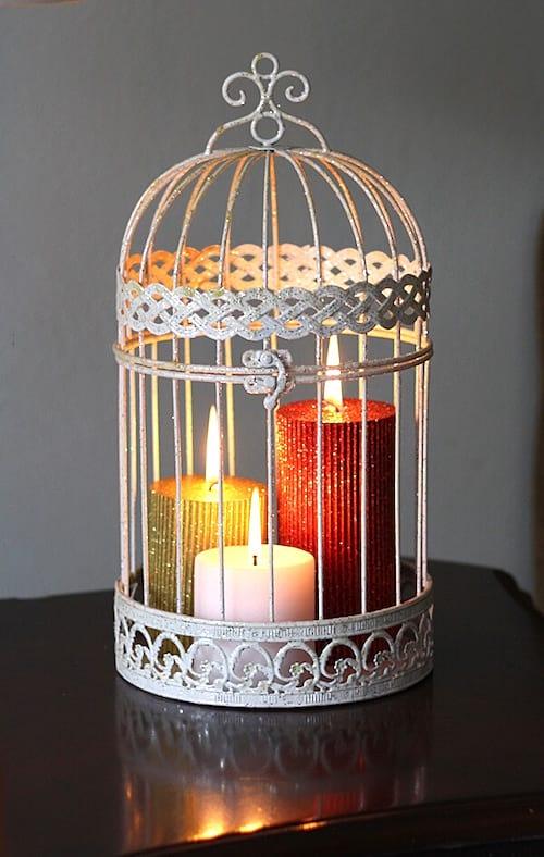 bougies dans cage à oiseaux