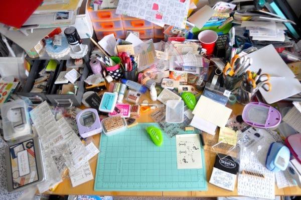 plein de bazar sur votre bureau permet d'être le moins productif possible