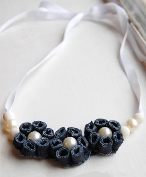 élégant collier en jean et perle diy