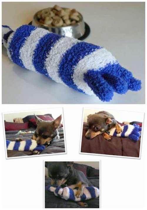 jouet pour chien fait avec une chaussette dépareillée