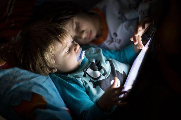 Trop d'écran chez les jeunes enfant représente un danger pour leur développement