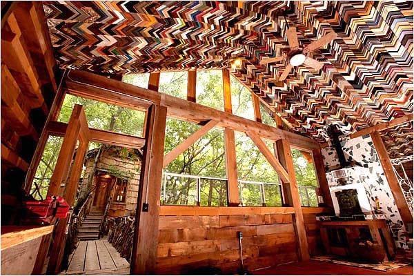 déco plafond avec des cadres d'encadrement