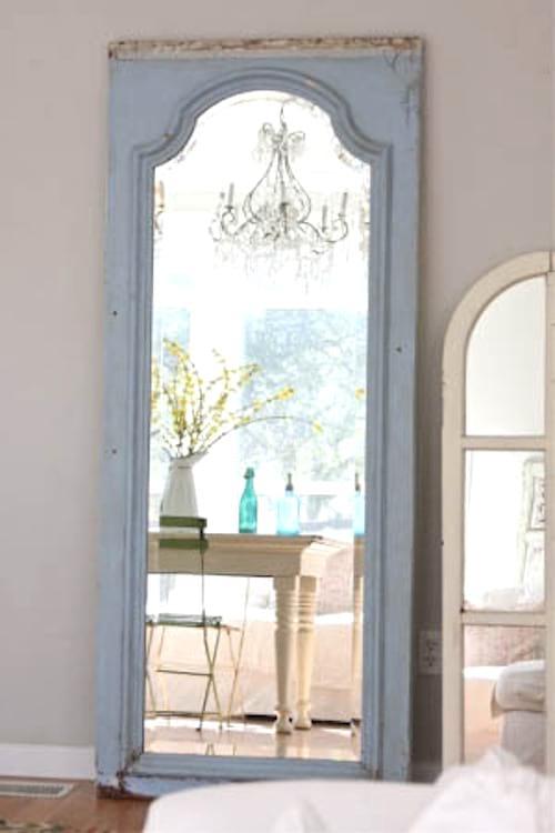 miroir avec une vieille porte bricolage diy