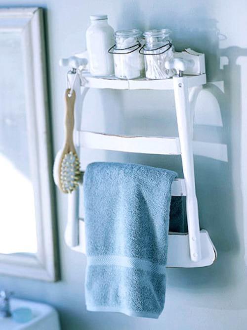 dossier de chaise transformé en porte-serviette