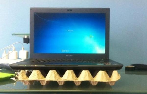 L'astuce pour éviter la surchauffe d'un ordinateur portable avec une boite d'oeufs