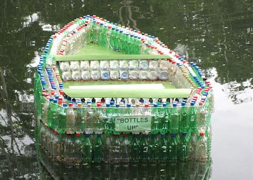 barque bouteille plastique flotteurs