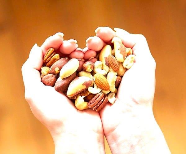 Pour vivre jusqu'à 100 ans, mangez des fruits à coques.