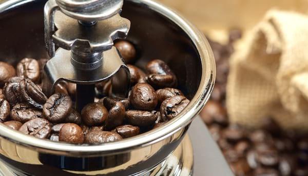comment nettoyer le mulin à café