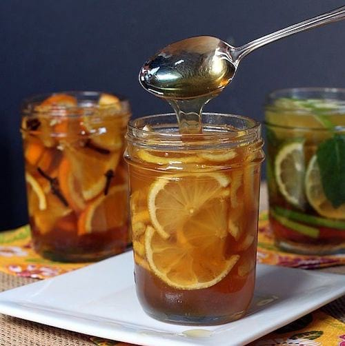 infusion de miel et d'orange pour mal de gorge
