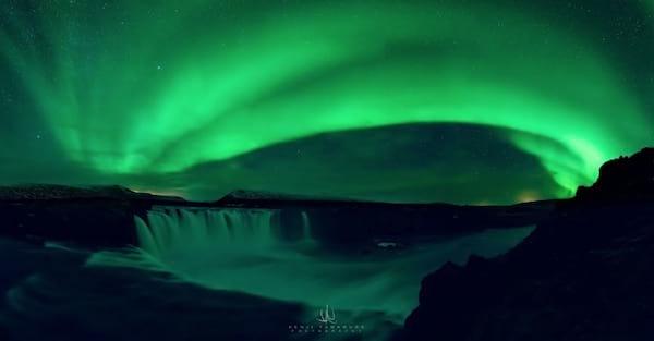 Magnifiques aurores boréales qui se situent en Islande