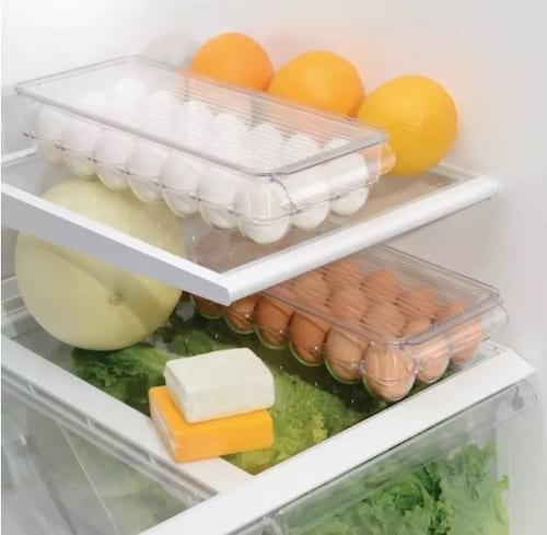 Boite en plastique pour ranger les oeufs dans le frigo