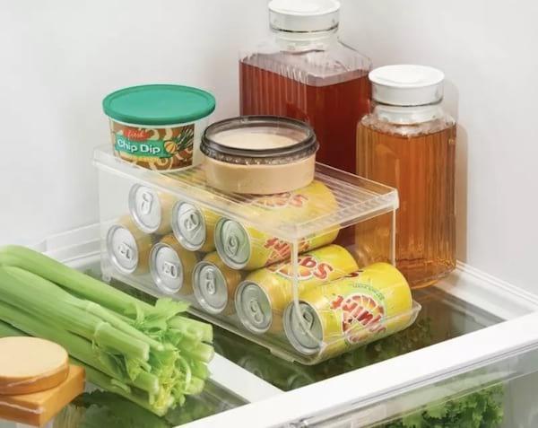 Une boite pour ranger les oeufs dans le frigo