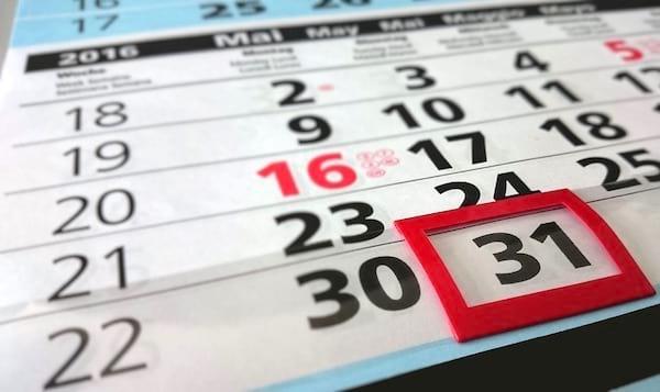 Une super astuce pour économiser de l'argent est d'attendre 2 jours avant un de faire un achat non essentiel.