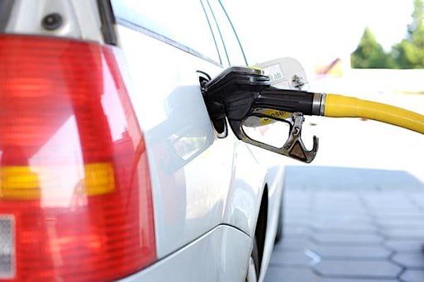 Comment utiliser correctement un pistolet de pompe à essence ?