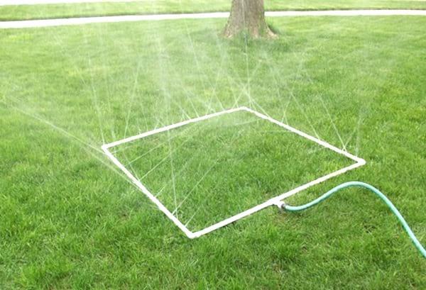 jeu d'eau pour les enfants diy tuyau PVC